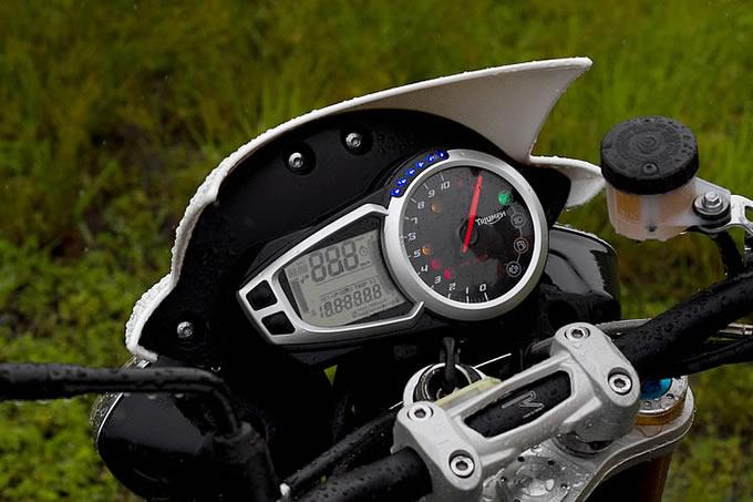 トライアンフ スピードトリプルRの画像