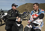 Kevin Carmichael and Julien Welsch test the NEW Tiger 800の画像