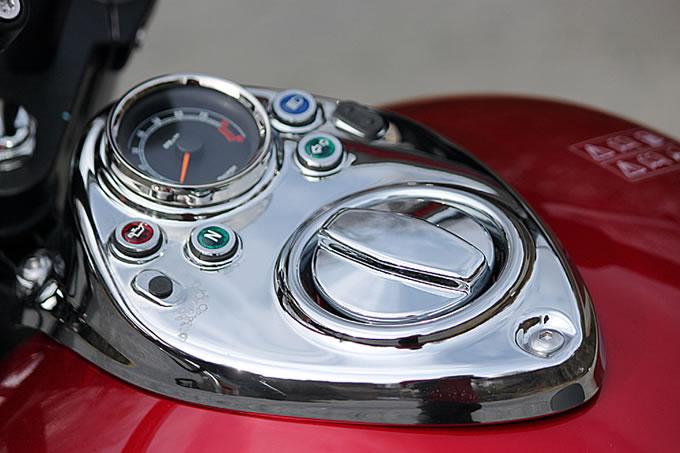 トライアンフ スピードマスターの画像