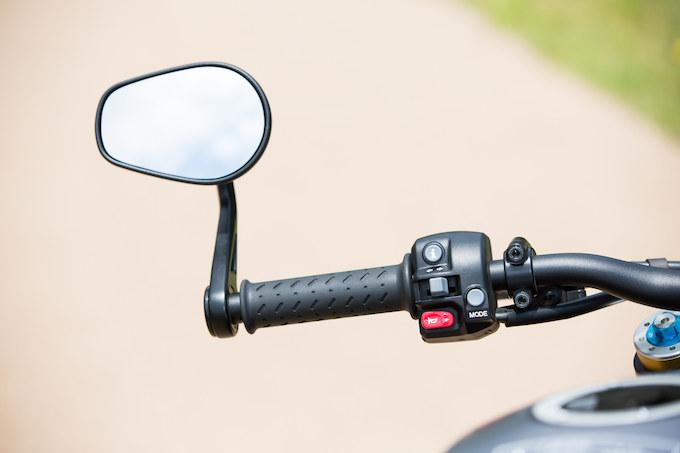 スピードトリプルRの画像