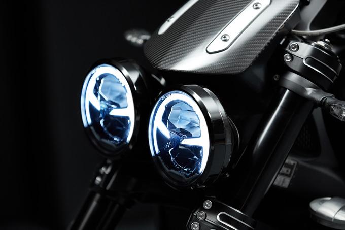 2019年モデルの新型トライアンフ・ファクトリー・カスタムシリーズ「ROCKET 3 TFC」発表の画像