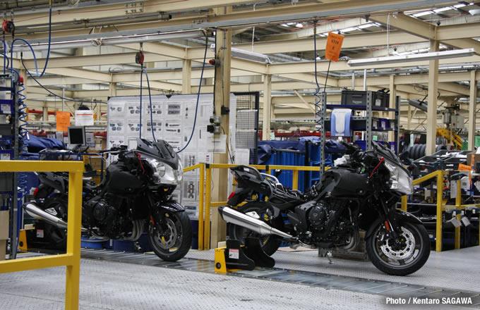 トライアンフ本社工場の画像