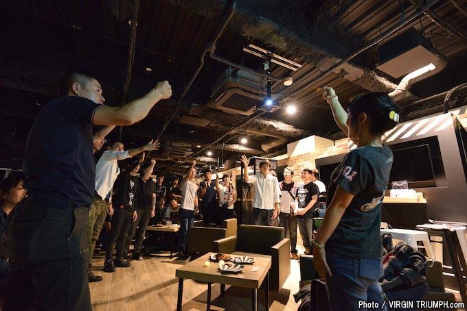 ナイトランのススメとしてトライアンフ東京で行われた「夜カフェ Vol.1」レポートの画像