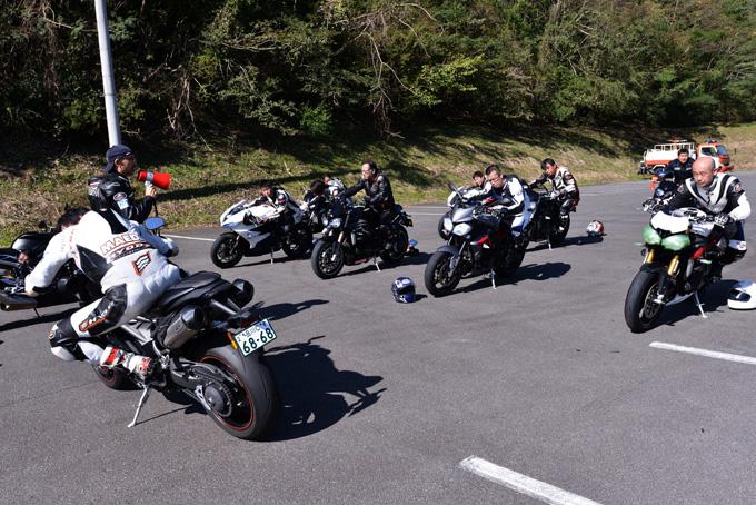 トサーキット走行初心者も大歓迎!第三回「トライアンフ ライディング アカデミー(TRA)」 レポートの画像
