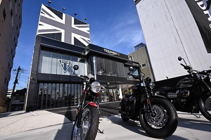 5月12日にグランドオープンを果たすトライアンフ正規販売店の大型店「トライアンフ東京ベイ」の画像