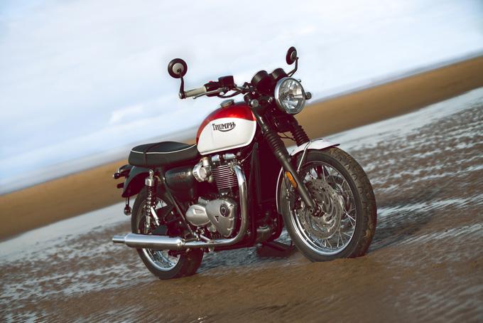 トライアンフの新型「BONNEVILLE T120 & T100 BUD EKINS Special Edition」に採用されたペイントスキームのオリジナルとは?の03画像