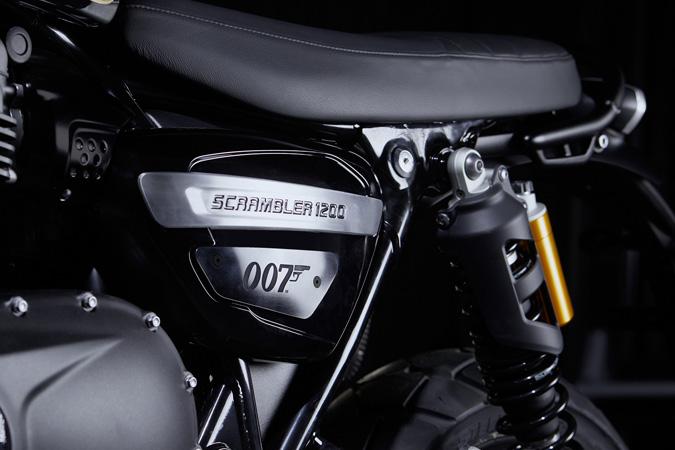 007のジェームス・ボンドモデル「TRIUMPH SCRAMBLER 1200 BOND EDITION」を発表 04画像