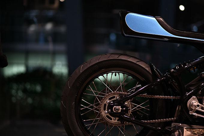 ト「ON THE ROAD'20~THE HIDE MOTORCYCLE Supported by NEUTRAL & RUDE GALLERY~」トライアンフのボンネビルボバーを宝石のようなカフェレーサーにカスタムの18画像