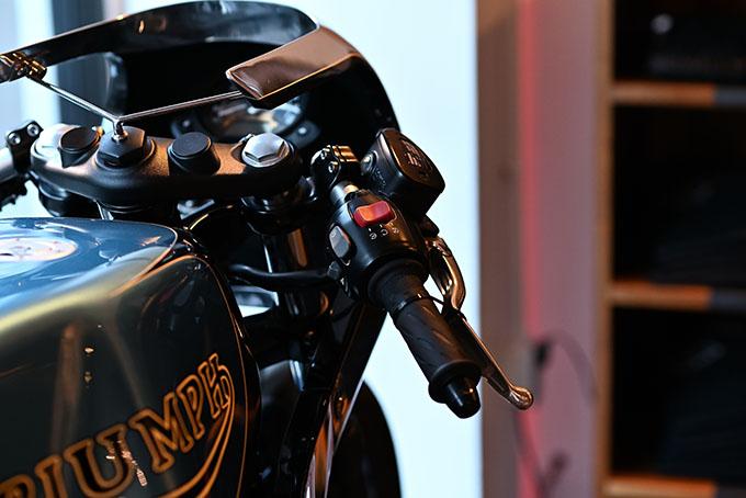 ト「ON THE ROAD'20~THE HIDE MOTORCYCLE Supported by NEUTRAL & RUDE GALLERY~」トライアンフのボンネビルボバーを宝石のようなカフェレーサーにカスタムの20画像