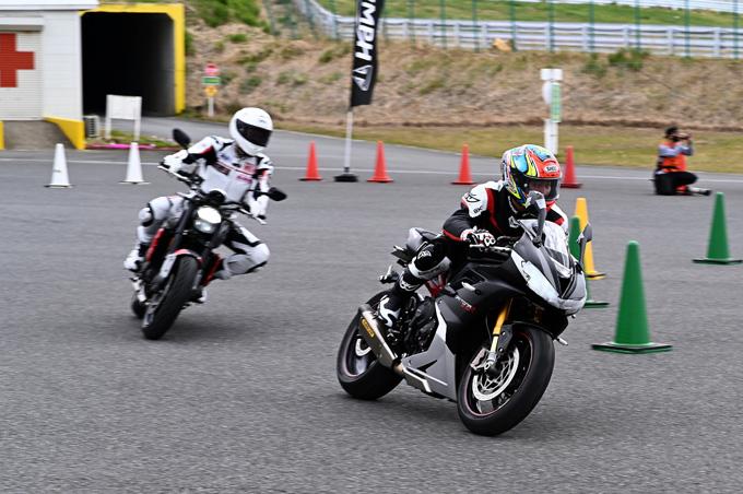 安全にスポーツライディングを楽しむためのサーキット講習会!「第4回 トライアンフ・ライディング・アカデミー(TRA)」 レポートの16画像