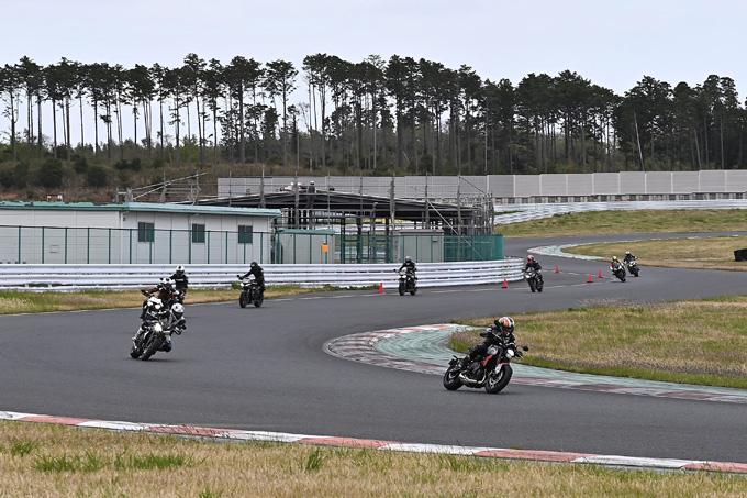 安全にスポーツライディングを楽しむためのサーキット講習会!「第4回 トライアンフ・ライディング・アカデミー(TRA)」 レポートの22画像