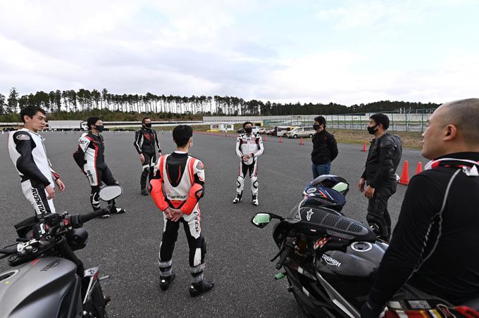 安全にスポーツライディングを楽しむためのサーキット講習会!「第4回 トライアンフ・ライディング・アカデミー(TRA)」 レポートの30画像