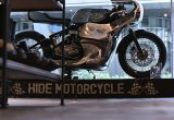 「ON THE ROAD'20~THE HIDE MOTORCYCLE Supported by NEUTRAL & RUDE GALLERY~」トライアンフのボンネビルボバーを宝石のようなカフェレーサーにカスタムの画像